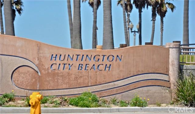 19072 Oceanport Lane, Huntington Beach CA: http://media.crmls.org/medias/efa1ca3d-160b-46fc-909d-52f9e78e8529.jpg