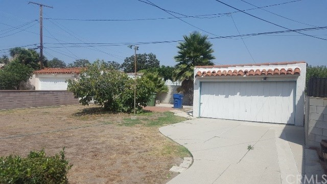 2917 W 80th Street Inglewood, CA 90305 - MLS #: DW17209893
