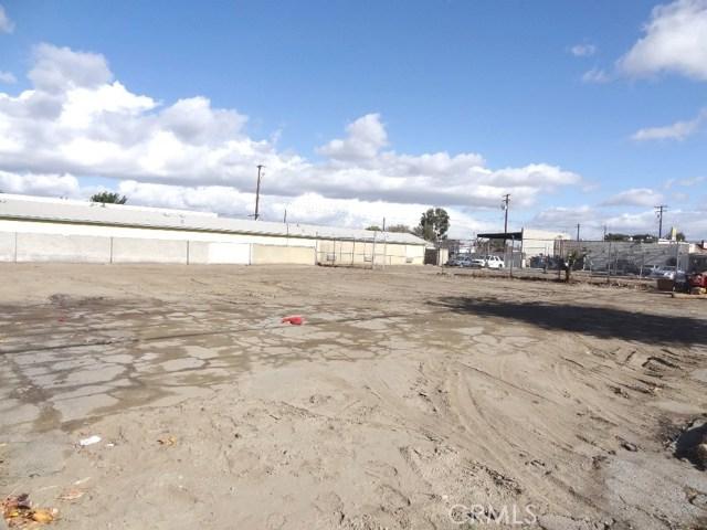 9021 Somerset Boulevard, Bellflower CA: http://media.crmls.org/medias/efab3769-24ad-4227-9b35-96344e892939.jpg