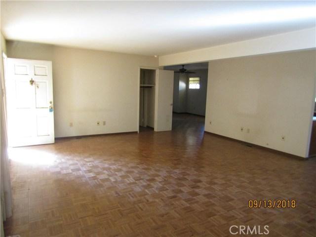 30970 9th Street, Nuevo/Lakeview CA: http://media.crmls.org/medias/efabde91-b9e9-40ef-8ff4-e362615e7cda.jpg