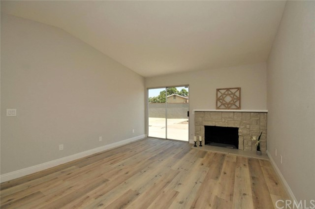 1117 S Larch Avenue Bloomington, CA 92316 - MLS #: WS17224142