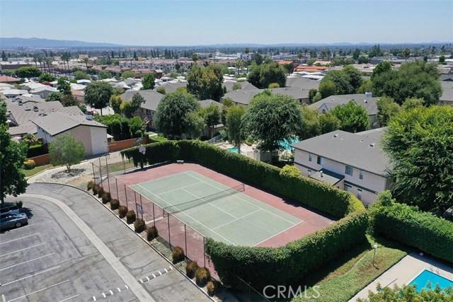 1034 Royal Oaks Drive, Monrovia CA: http://media.crmls.org/medias/efba0451-c32c-4869-8663-6d92a77e9c80.jpg