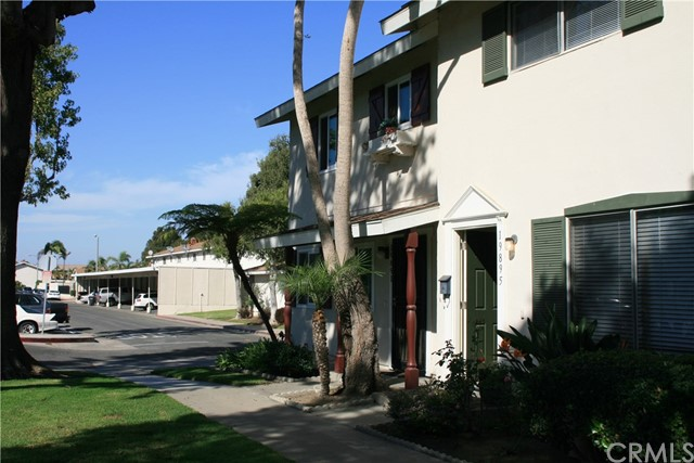 19895 N Keswick Lane Huntington Beach, CA 92646 is listed for sale as MLS Listing OC16709580