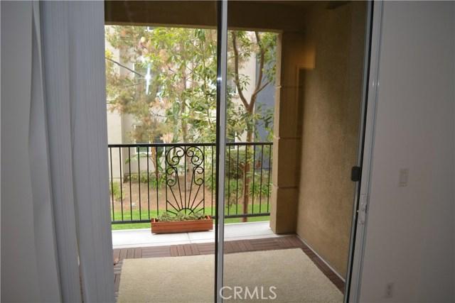 3212 Watermarke Pl, Irvine, CA 92612 Photo 6