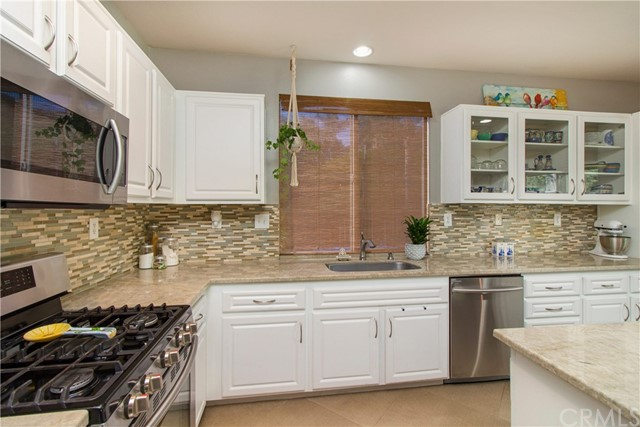 43021 Knightsbridge Wy, Temecula, CA 92592 Photo 18