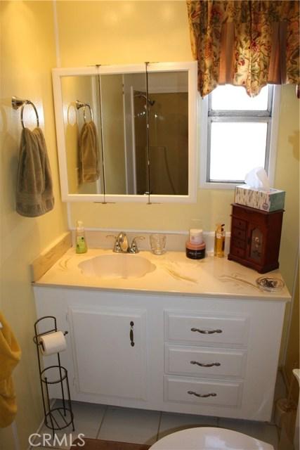 24815 S Normandie Avenue, Harbor City CA: http://media.crmls.org/medias/efd7fe6a-b9fb-47c5-90d2-101456fbdf20.jpg