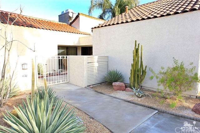 438 Sunningdale Drive Rancho Mirage, CA 92270 is listed for sale as MLS Listing 217000184DA