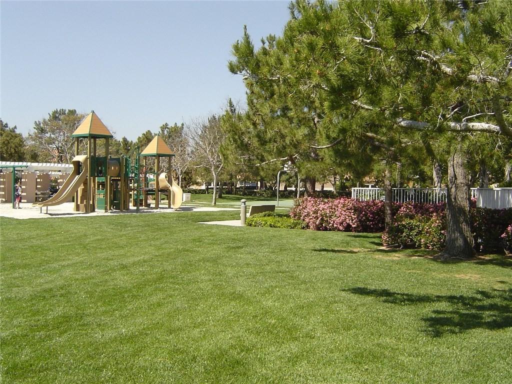 20 Aprilla, Irvine, CA 92614 Photo 9