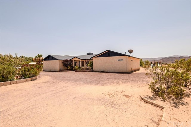 Single Family Home for Sale at 46045 Cisco Road Newberry Springs, California 92365 United States