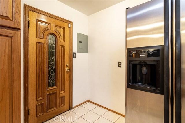 8733 Dalen Street, Downey CA: http://media.crmls.org/medias/efe724eb-31af-4651-9a36-abfd61bbef1e.jpg
