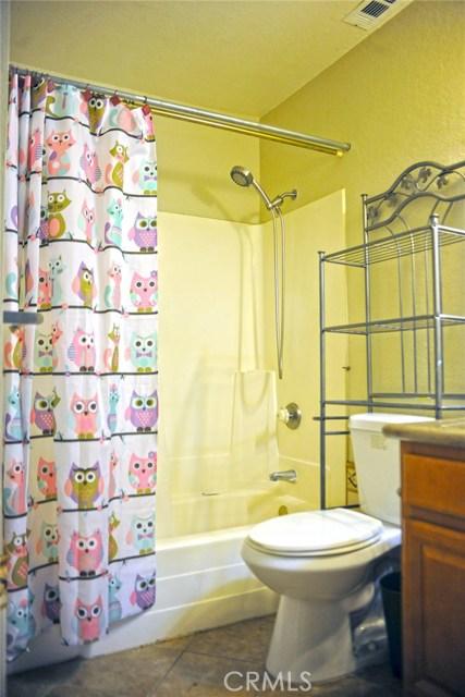 600 Central Avenue, Riverside CA: http://media.crmls.org/medias/efea4d70-fab8-4b84-8bd8-1ba4444b26f1.jpg