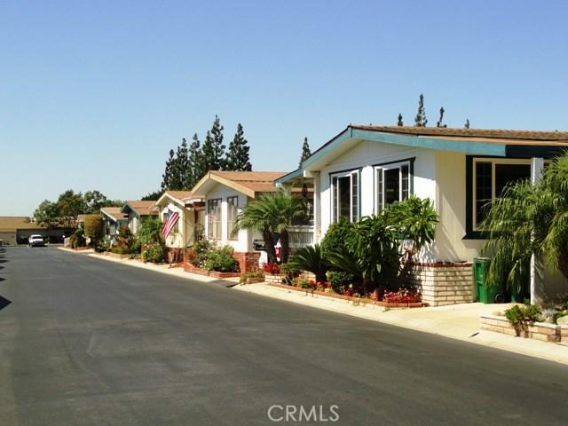 5200 Irvine Blvd., Irvine CA: http://media.crmls.org/medias/eff0134f-16f6-45d2-a86f-21b535351494.jpg