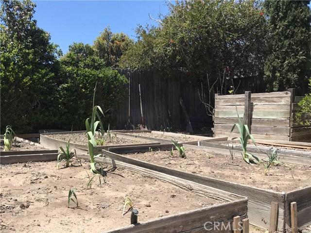 349 Wilson Drive, Santa Maria CA: http://media.crmls.org/medias/eff16e1d-5c0c-4980-9d08-cff76334763a.jpg