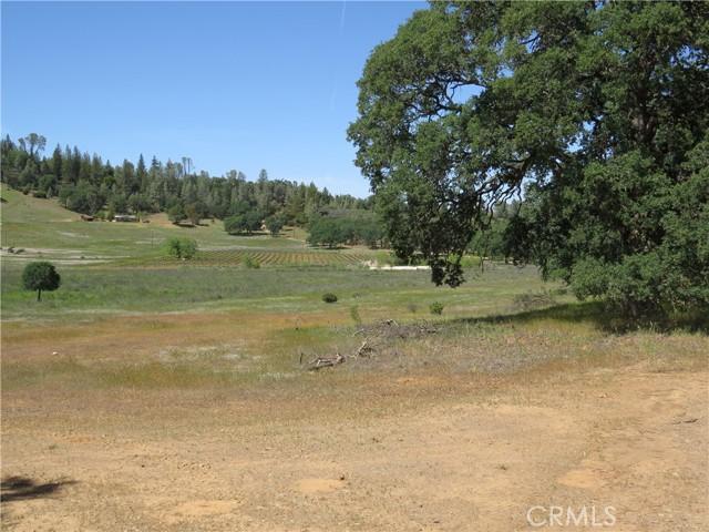 18640 Diamond Ridge Road, Lower Lake CA: http://media.crmls.org/medias/effbe6e8-3122-43b9-9f5b-0bd9fb4f664d.jpg