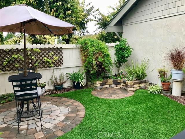 22916 Avenue Valley Verde 7, Laguna Hills CA: http://media.crmls.org/medias/f0074205-6f89-4629-b510-5798b12b405e.jpg