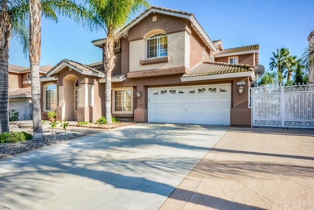 1269  Carriage Lane, Corona, California