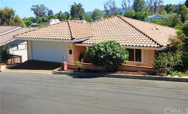 4240 Via Alondra Palos Verdes Estates, CA 90274 is listed for sale as MLS Listing PV16011089