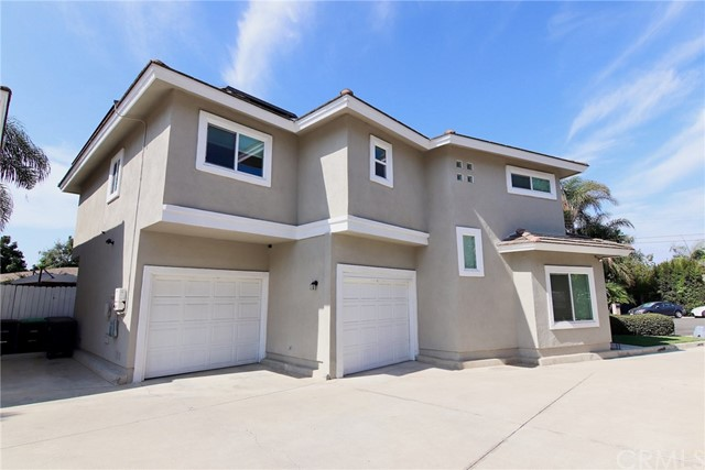 Photo of 395 Ralcam Place, Costa Mesa, CA 92627