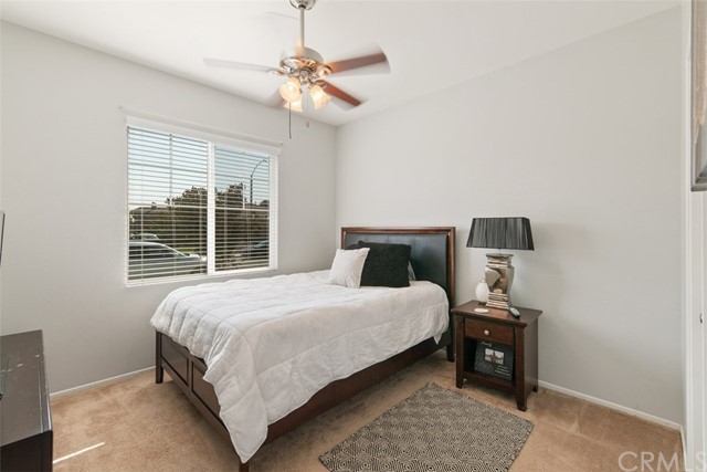31590 Waterfall Way, Murrieta CA: http://media.crmls.org/medias/f01eab7c-35cd-463a-a5e0-3f483dbbbd4b.jpg