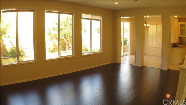 Single Family Home for Sale at 19 Bayview St Buena Park, California 90621 United States