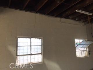 5811 S Denker Avenue, Los Angeles CA: http://media.crmls.org/medias/f021e930-d0f6-4dde-bbc9-44f0d1bb13e3.jpg