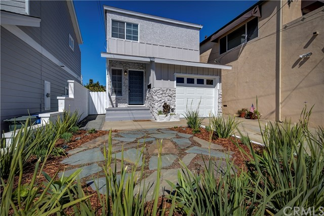 1121 14th St, Hermosa Beach, CA 90254