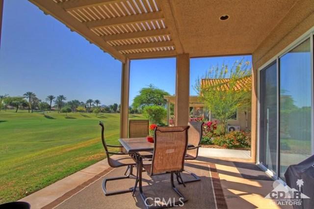 39 Colonial Drive, Rancho Mirage CA: http://media.crmls.org/medias/f03c8ccf-40d0-470a-815a-3b7207d0043e.jpg
