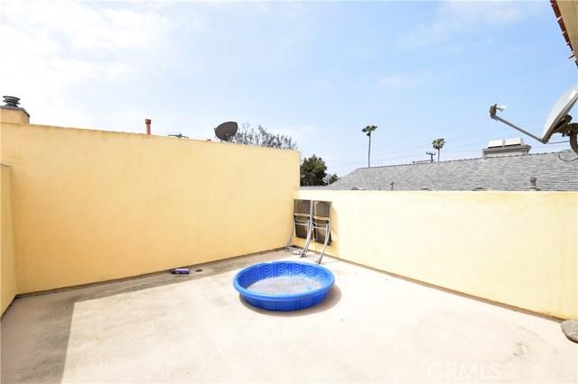 2605 Vanderbilt Lane, Redondo Beach CA: http://media.crmls.org/medias/f03e3faf-a71b-4b55-9ec5-4f12d385779f.jpg
