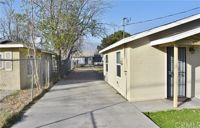 25808 9th Street, San Bernardino CA: http://media.crmls.org/medias/f0487095-ac25-4681-b263-ac3a550b95b0.jpg