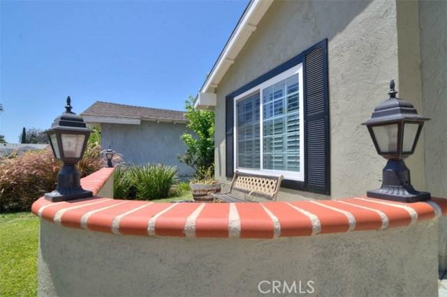 4125 E Alderdale Av, Anaheim, CA 92807 Photo 3