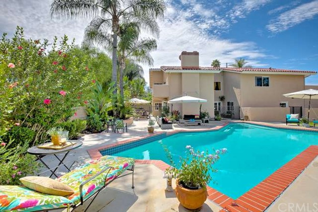 Single Family Home for Sale at 27064 La Paja St Mission Viejo, California 92691 United States