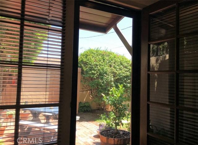 830 Maple St, Santa Monica, CA 90405 Photo 32