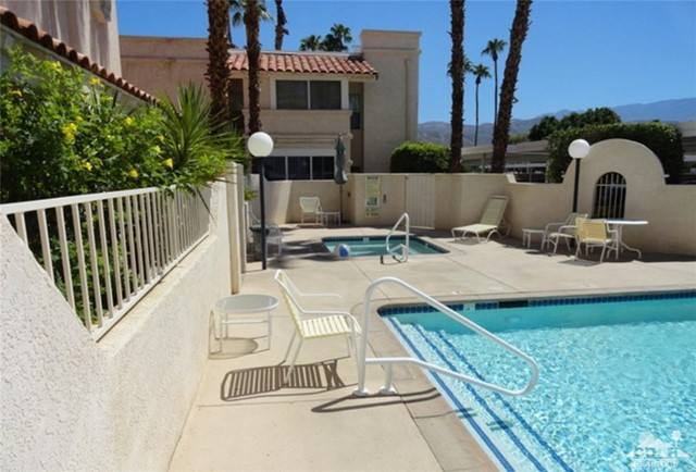 69130 Gerald Ford Drive Unit 4 Cathedral City, CA 92234 - MLS #: 218010196DA