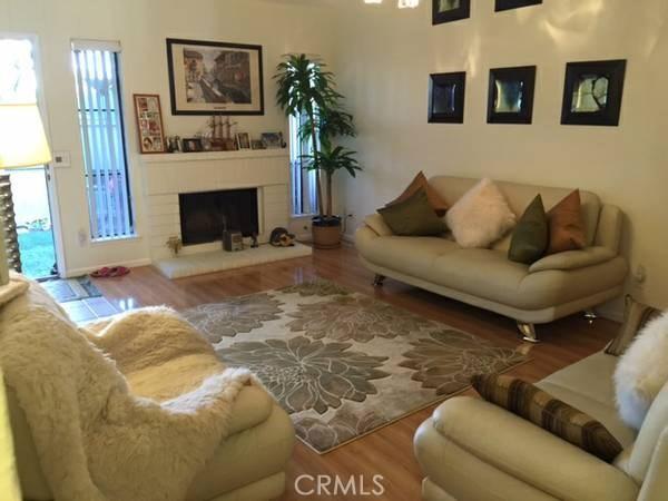 1700 Cerritos Avenue, Anaheim, California 92804, 1 Bedroom Bedrooms, ,1 BathroomBathrooms,Residential,For Rent,Cerritos,OC19142830
