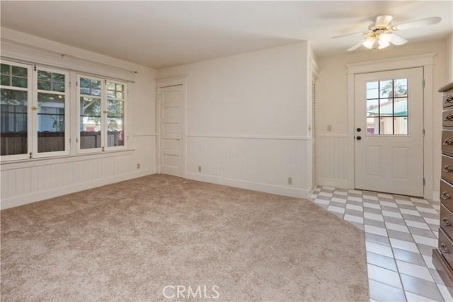 3601 Linwood Place, Riverside CA: http://media.crmls.org/medias/f08c9a11-4123-4ceb-82a3-f18e39b4d348.jpg