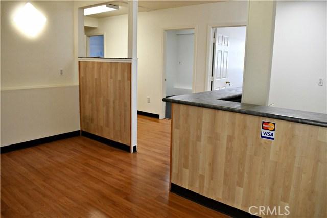 11832 Rosecrans Avenue, Norwalk CA: http://media.crmls.org/medias/f0944590-e50b-4c25-b058-7afab55a1b41.jpg