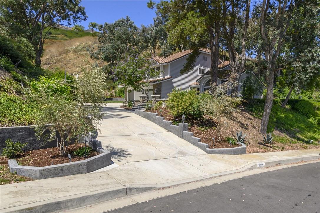 5380 E E Big Sky Lane, Anaheim Hills, California