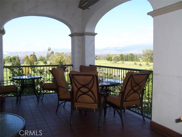 4025 Calle Sonora, Laguna Woods CA: http://media.crmls.org/medias/f09fb89b-cf23-4b9e-96b5-a8a2cec0d2ba.jpg