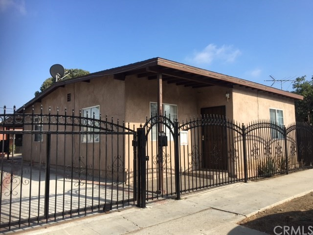 10614 S Hoover St, Los Angeles, CA 90044 Photo 0