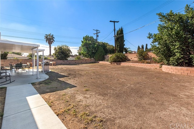 10511 Garden Grove Avenue Northridge, CA 91326 is listed for sale as MLS Listing BB17253308