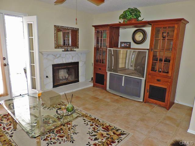 3232 Cambridge Drive, Chino Hills CA: http://media.crmls.org/medias/f0a53a11-0a13-4e91-93c4-331de9d78c1b.jpg