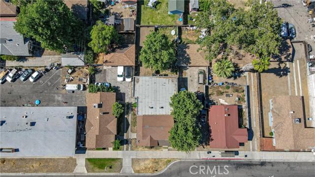1625 E Olive Avenue, Fresno CA: http://media.crmls.org/medias/f0b5f8e0-e7a6-49ed-b2ef-8eabaf3a86b5.jpg