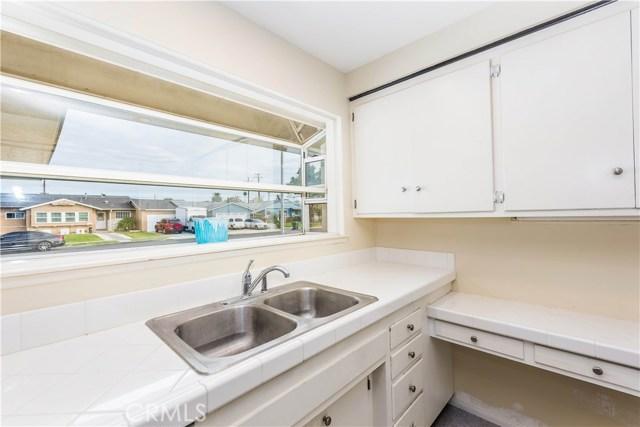 2410 E South Redwood Dr, Anaheim, CA 92806 Photo 10