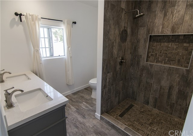 4055 W 59th Pl, Los Angeles, CA 90043 photo 9