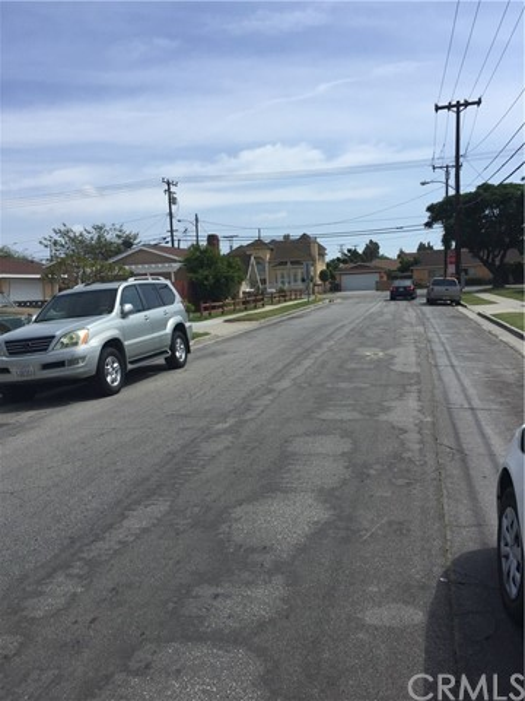 18504 Alburtis Avenue Artesia, CA 90701 - MLS #: RS17087682