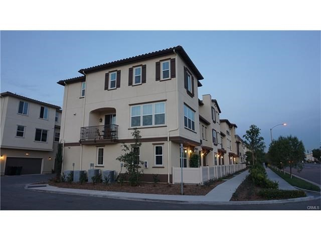 Townhouse for Rent at 1613 Lincoln Avenue E Anaheim, California 92805 United States