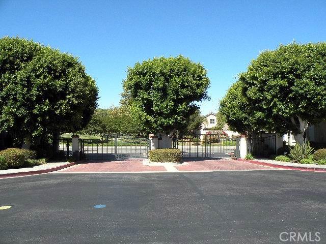 2321 Paseo Circulo Tustin, CA 92782 - MLS #: OC17207120