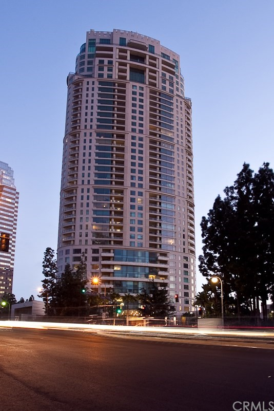 Condominium for Rent at 1 Century Los Angeles, California 90067 United States
