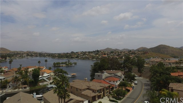 30537 Longhorn Drive Canyon Lake, CA 92587 - MLS #: SW18073968