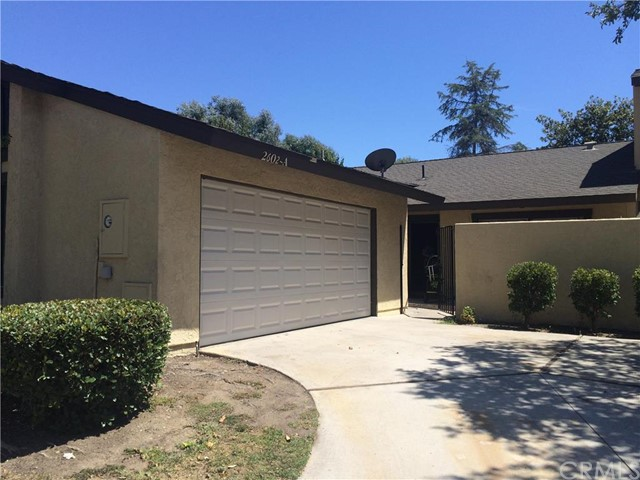 2602 N Tustin Avenue 20 Santa Ana, CA 92705 is listed for sale as MLS Listing PW16164412